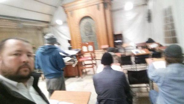 Praying maariv with the guys in the Tomb of the חברון - מערת המכפלה
